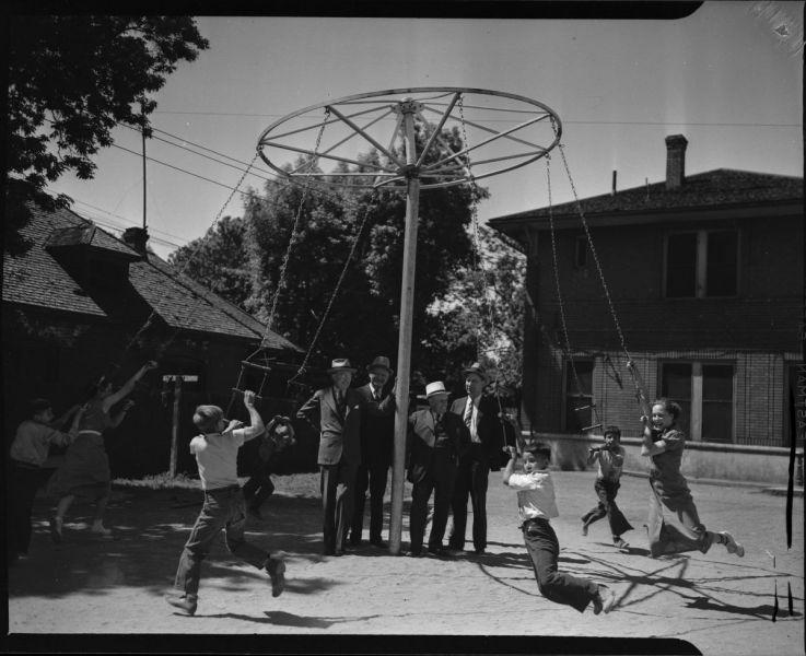 KiwanisClubWhirlygigatNeighborhoodHouse1930-1940